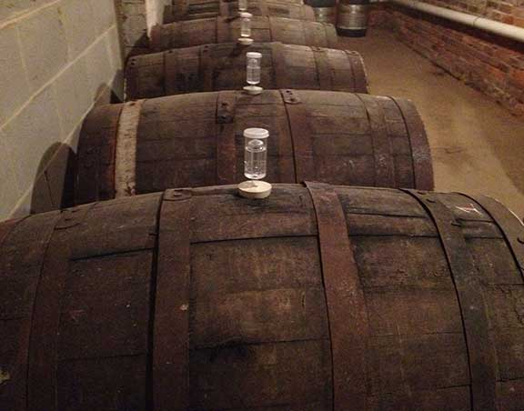 RUM-BEER-BARREL-